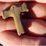 Archaeologists discover Thor's Hammer amulet at previously unexplored site in S. Iceland