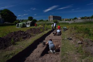The team excavates what may be Princess Aebbe's monastery.