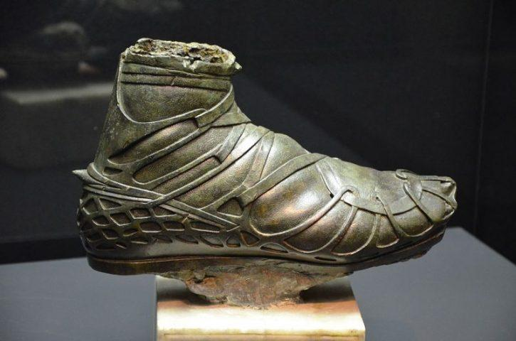 What an Ancient Roman Shoe Found in a Well Tells Us About Fashion