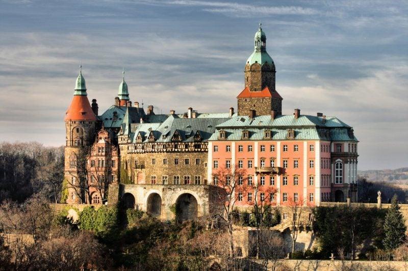 Gold train castle to reveal hidden secrets by opening unseen Nazi-German tunnels