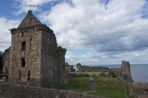It is the largest church to have been built in Scotland.