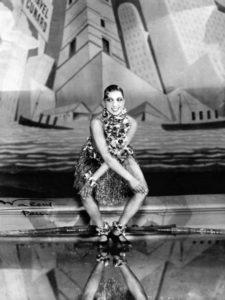 Baker dancing the Charleston, 1926