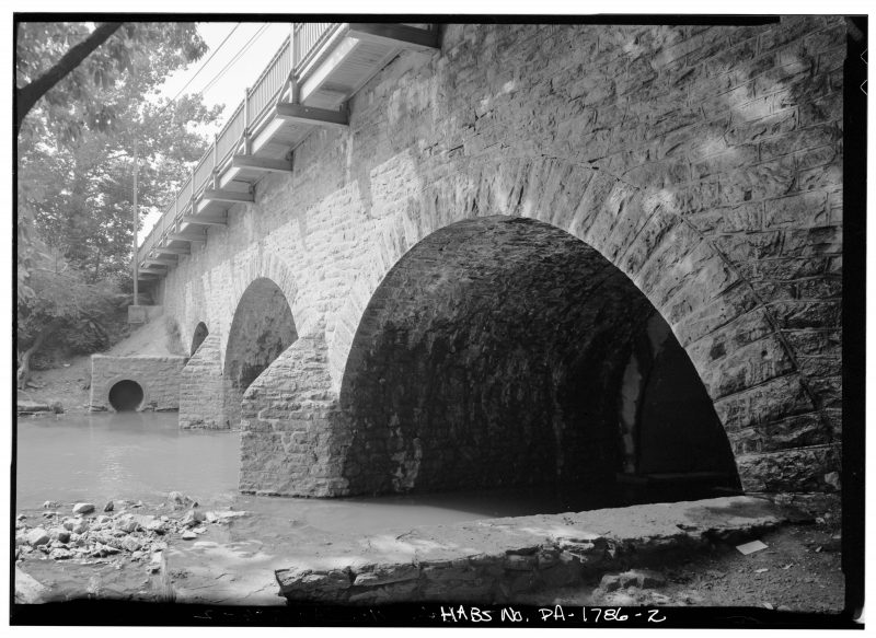 The base and the arch of the bridge