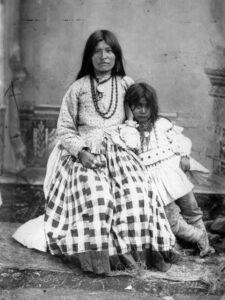 Ta-ayz-slath, wife of Geronimo, and child