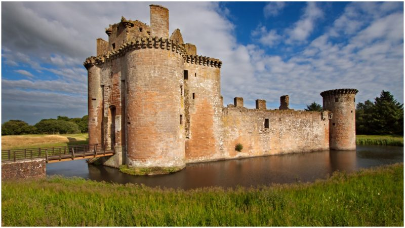 The Hidden Secrets Built Into Medieval Castles That Most People Never Knew Existed