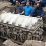 Ancient Roman sarcophagus found at London building site