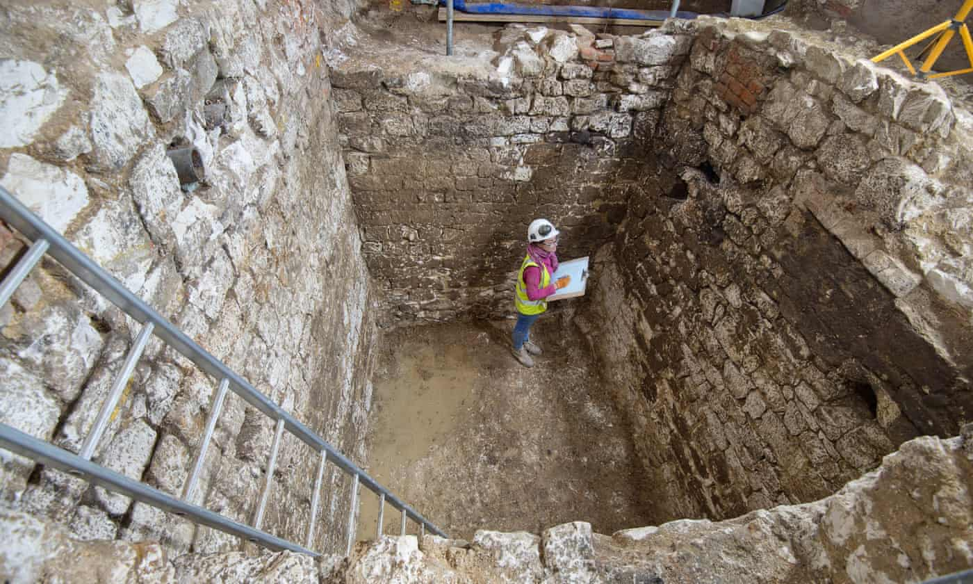 Well-Preserved Artifacts Recovered from London Cesspit