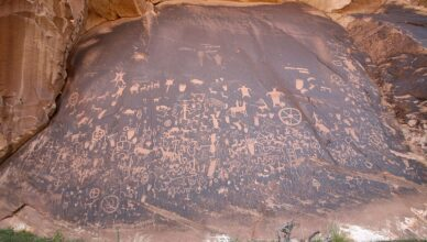"""""""The Rock That Tells a Story"""": Native American petroglyphs in Utah and Arizona depict lives of centuries ago"""