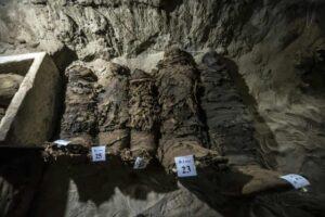 Egypt discovers dozens of mummies