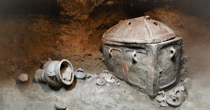 Greek Farmer Stumbles Onto 3,400-Year-Old Tomb Hidden Below His Olive Grove