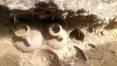 Construction Workers Stumble Across Old Pots With 1,300 Pounds Of Ancient Roman Coins Inside