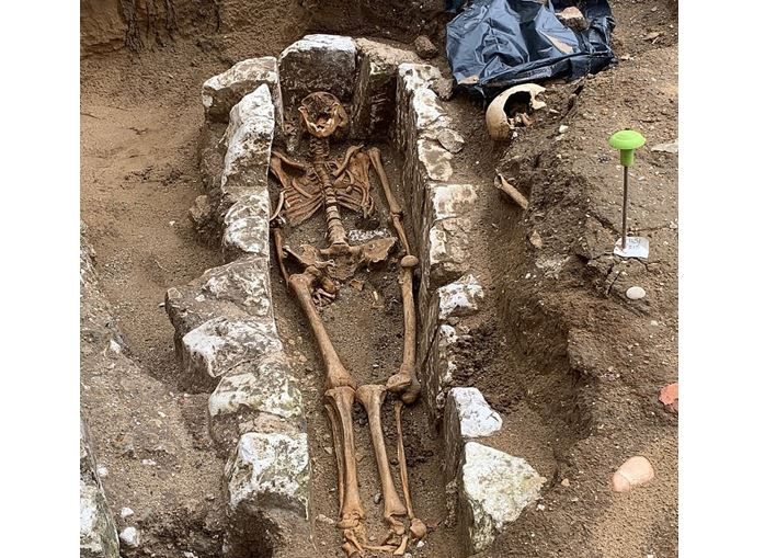 Lost Medieval Sacristy, Burial Grounds Unearthed at Westminster Abbey