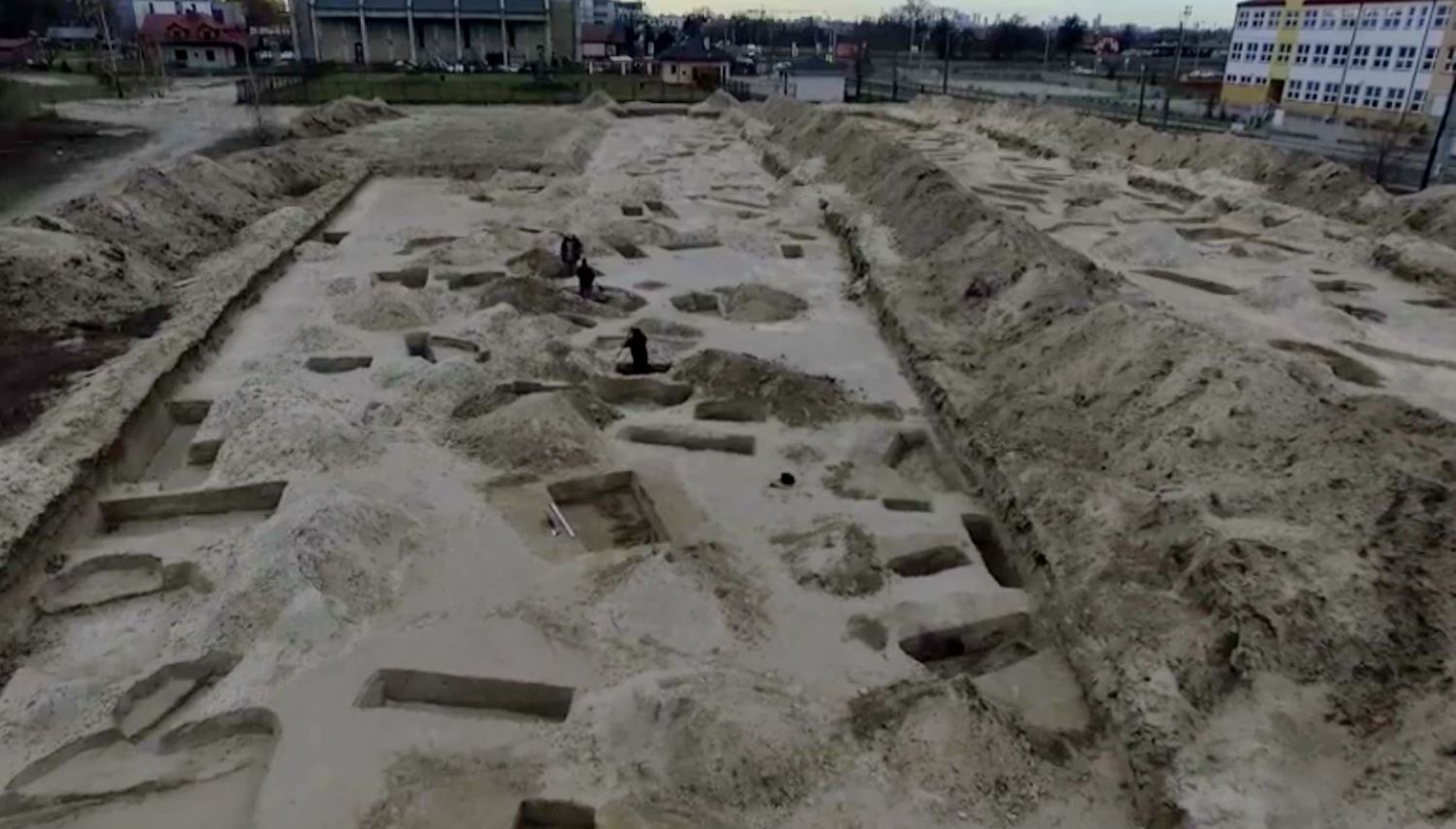 Remains of 3,000-Year-Old Settlement Found in Capital's Białołęka District