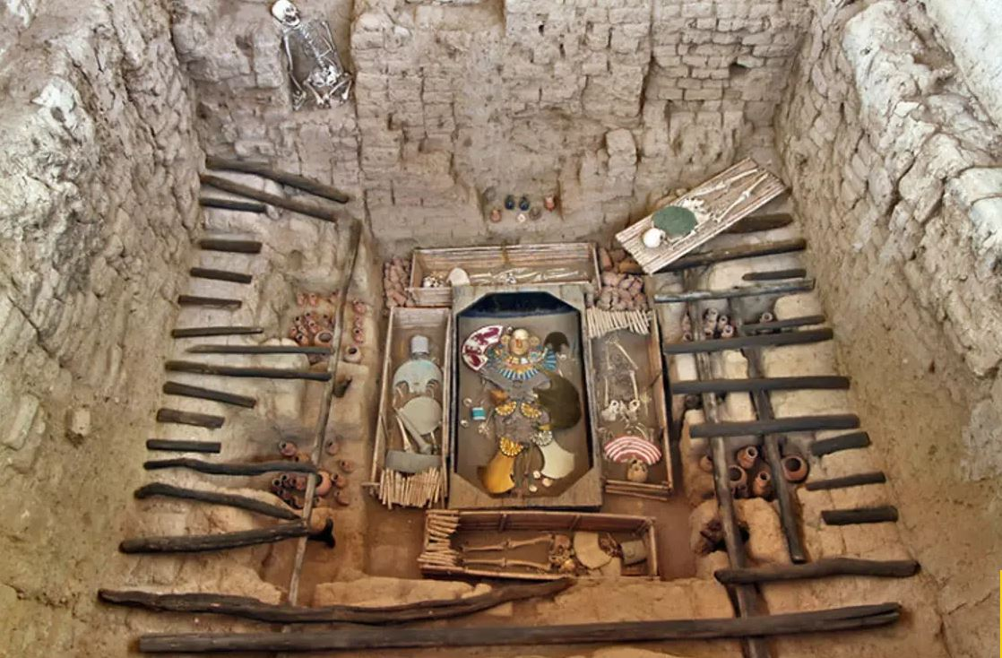 The shockingly unspoiled Peruvian tomb of the Lord of Sipan, Mochican Warrior Priest.
