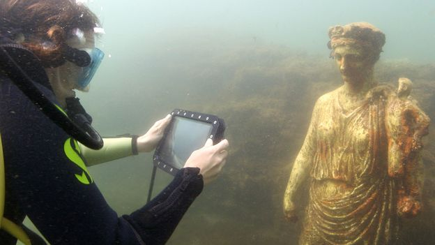A Roman settlement at the bottom of the sea
