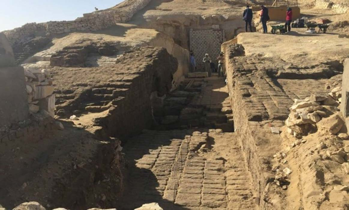 800 Ancient Egyptian Tombs Discovered at Middle Kingdom Necropolis