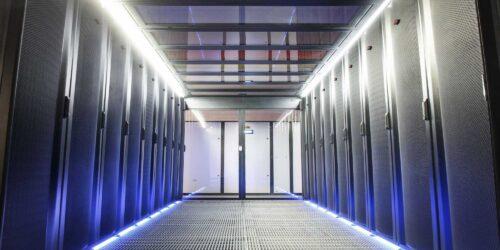 48U Full Rack, 2KWh Power, 1GB Network Port,No Setup Cost/Minimum Term!