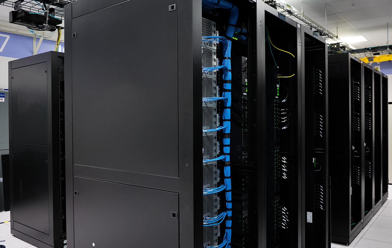 Full Rack Hosting @ Web Werks Data Centers