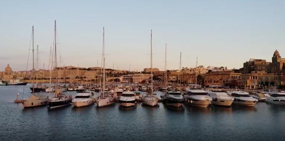 Gardens Yacht Marina Installs First Breakwater Floating Pontoon