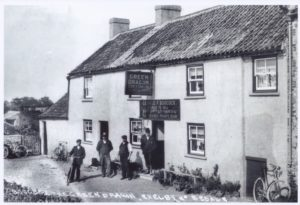Scan of original postcard.
