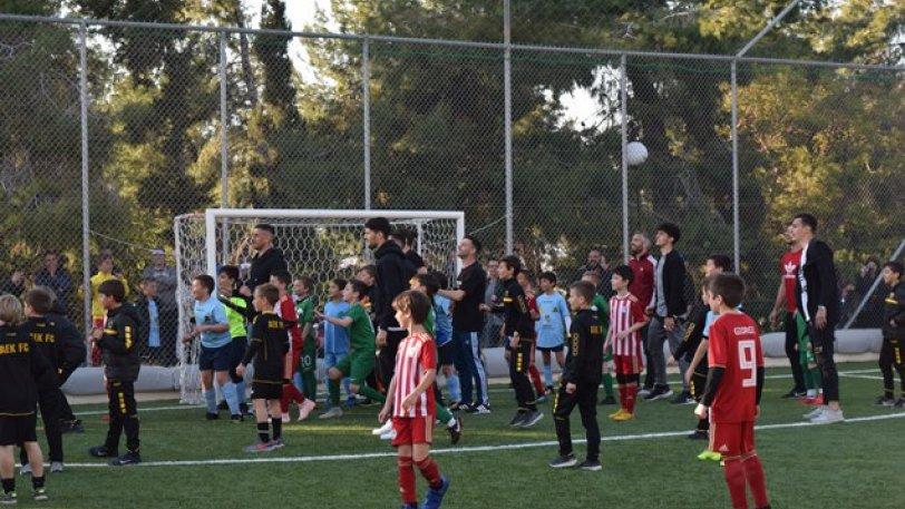 Μικτή παιδιών vs Μικτής ποδοσφαιριστών με νικήτρια την αλληλεγγύη! (vids & pics)