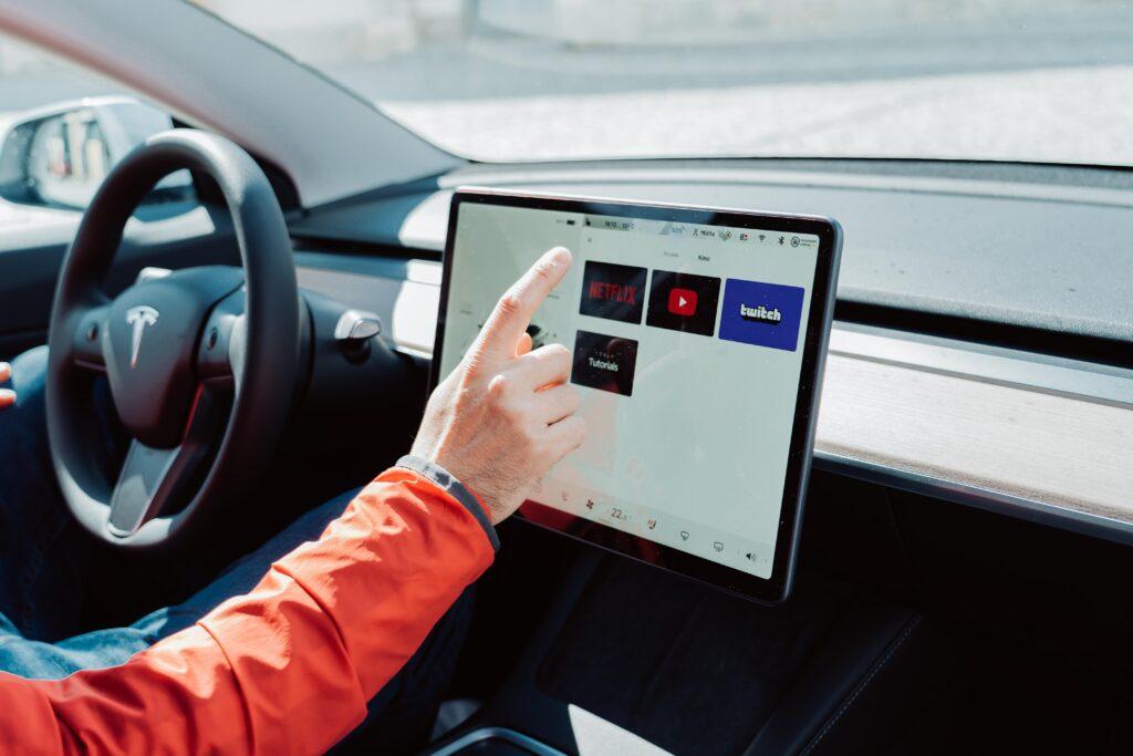 Warum Tesla? 7 Gründe einen Tesla zu kaufen - Minimalismus