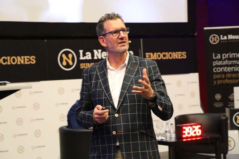 Julio de la Iglesia y la gestion del miedo en La Neurona Summits Emociones en Madrid 5