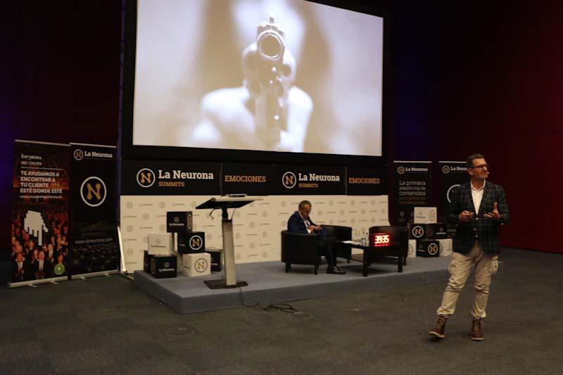 Julio de la Iglesia y la gestion del miedo en La Neurona Summits Emociones en Madrid