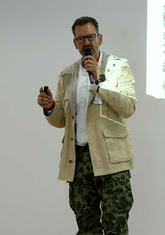 julio de la iglesia en Grupo PSA España