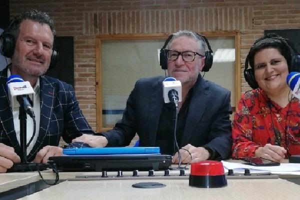 julio de la iglesia en clickradio TV con Fran Mezcua y susana huelga
