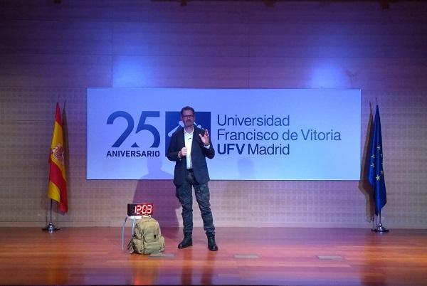 ponencia de Julio de la Iglesia en la Universidad Francisco de Vitoria