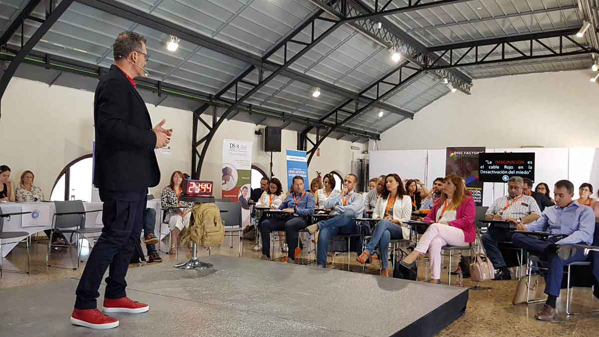 Ponencia de Julio de la Iglesia en Congreso Internacional de Coaching Ejecutivo AECOP 5