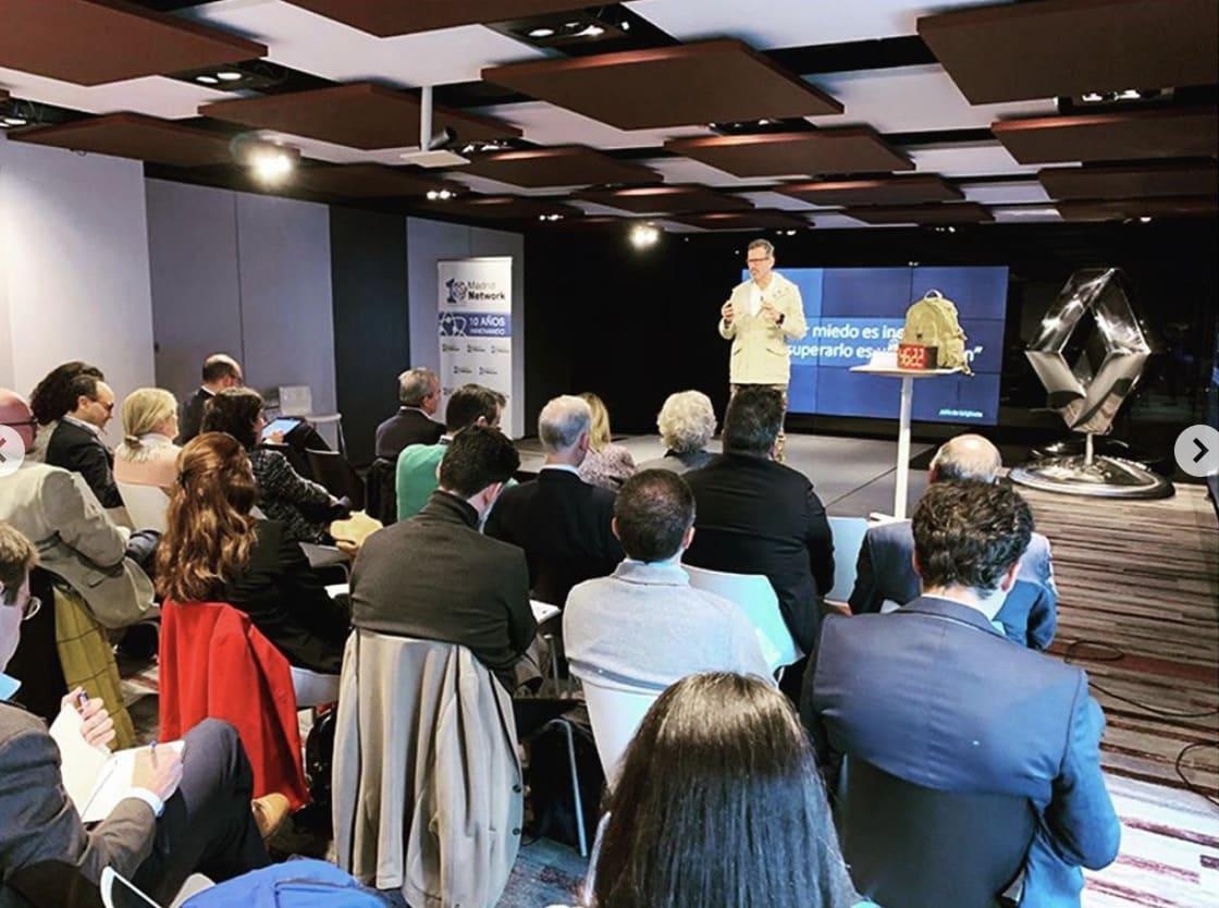Julio de la Iglesia en la Madrid Network Renault Nissan Consulting (4/9)