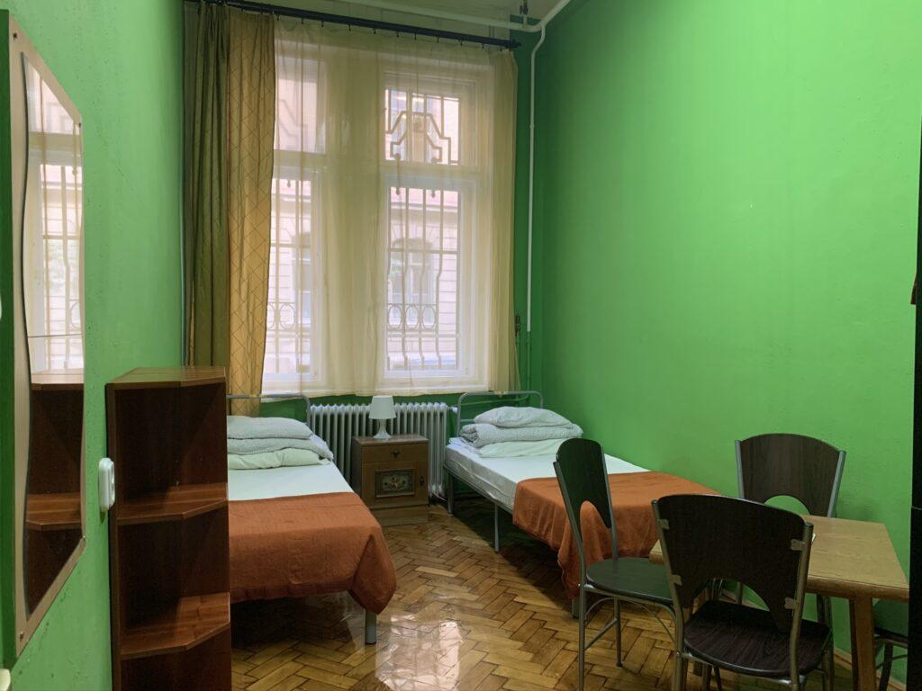 Room 001 (twin)