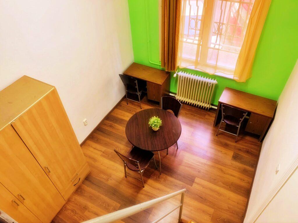Room 008 (twin)