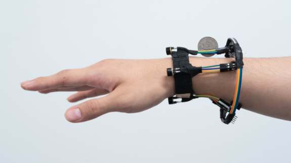New Wrist Tech Can Track 3D Hand Pose
