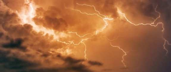 superbolts are 1000 times brighter than lighning strikes