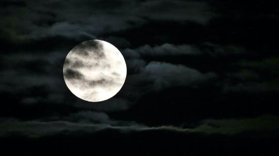 why moon vanished from the sky in 1110