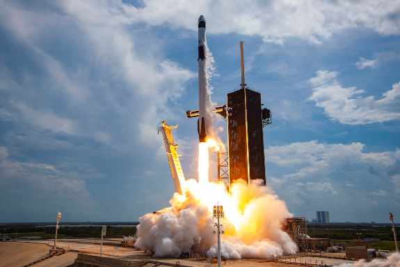 spacex NASA launch low frequency sound create