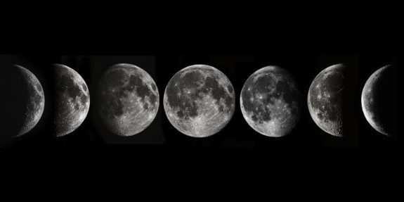Does The Moon Ever Rotate?