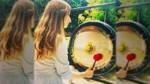 Lorena playing gong