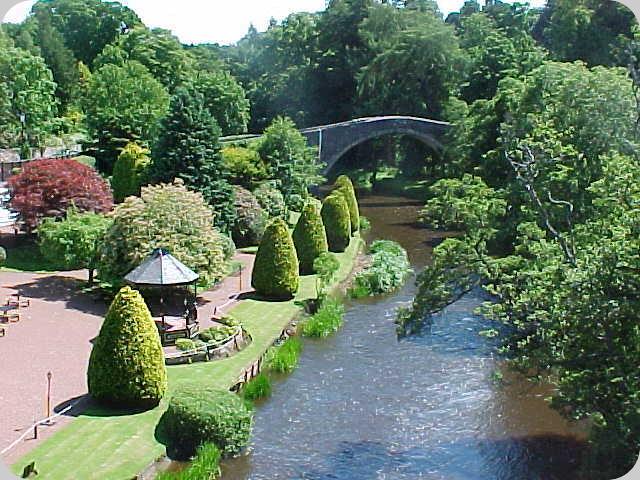 Brig o Doon gardens
