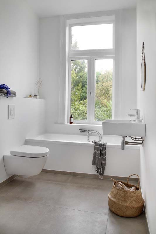 floating wc for wet room