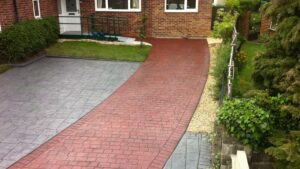 Platinum Grey Ashlar Slate with Brick Red London Cobble Printed Concrete Driveway