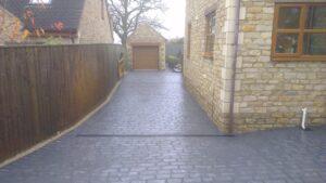 Platinum Cheshire Cobble Printed Concrete Driveway