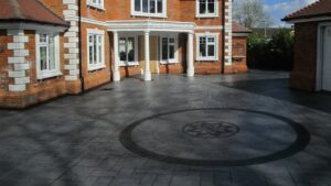 Platinum Grey Grand Ashlar Slate Printed Concrete Driveway