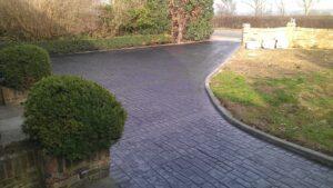 Charcoal Roman Cobble Printed Concrete Driveway