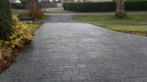 Platinum Grey Roman Cobble Printed Concrete Driveway