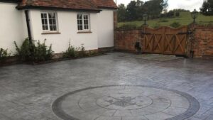 Printed Concrete Courtyard Driveway in Grand Ashlar