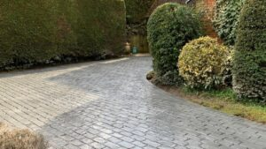 Platinum Grey Belgium Block Printed Concrete Driveway in Beenham